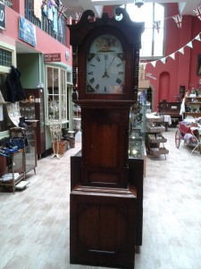 Grandfather clock 2 e1401275753822 225x300 Grand Grandfather Clock!